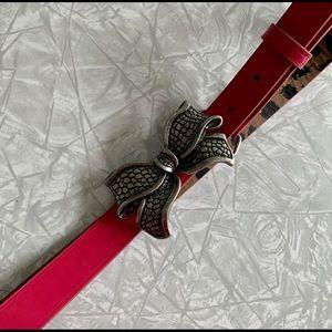 Betsey Johnson Pink Patent Bow Belt M